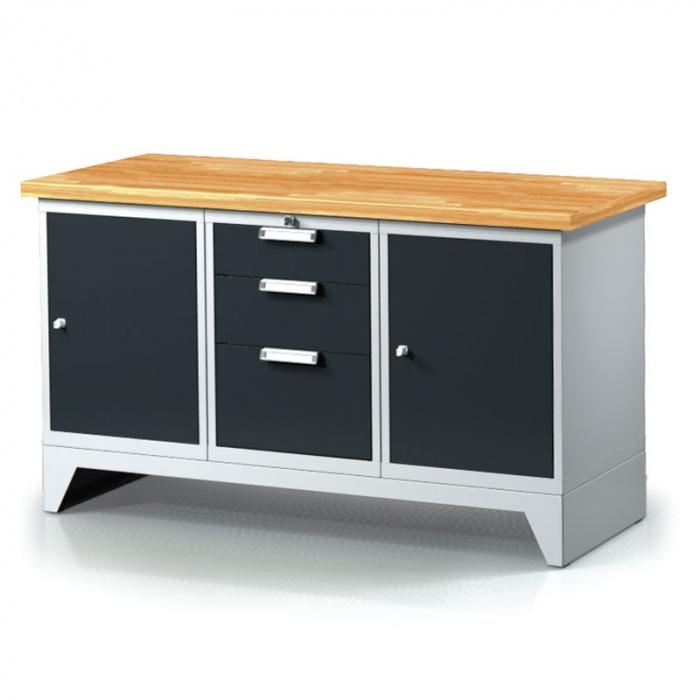 Kovová skříň najde místo v každé kanceláři