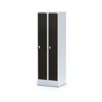 Šatní skříň, sokl, svařovaná,  2x wenge dv./korp. šedá, zámek cylindrický