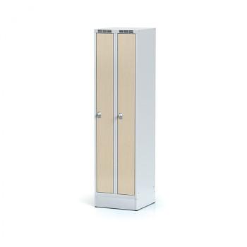 Šatní skříň, sokl, svařovaná,  2x bříza LTD dv./korp. šedá, zámek cylindrický, úzká