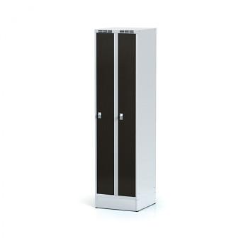 Šatní skříň, sokl, svařovaná,  2x wenge dv./korp. šedá, zámek otočný, úzká
