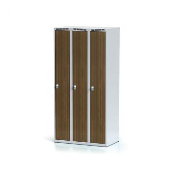 Šatní skříň, bez podnože, svařovaná,  3x ořech dv./korp. šedá, zámek cylindrický