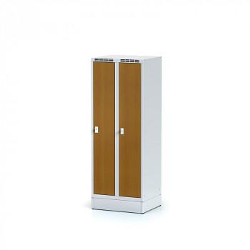 Šatní skříň, sokl, svařovaná,  2x třešeň dv./korp. šedá, zámek cylindrický, nízká