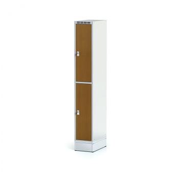 Šatní skříň boxová, sokl, svařovaná,  2x třešeň dv./korp. šedá, zámek otočný