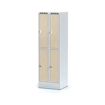 Šatní skříň boxová, sokl, svařovaná,  4x bříza dv./korp. šedá, zámek otočný, I
