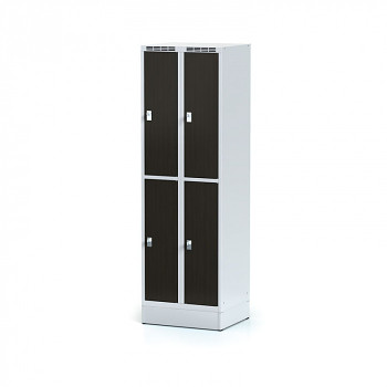 Šatní skříň boxová, sokl, svařovaná,  4x wenge dv./korp. šedá, zámek otočný, I