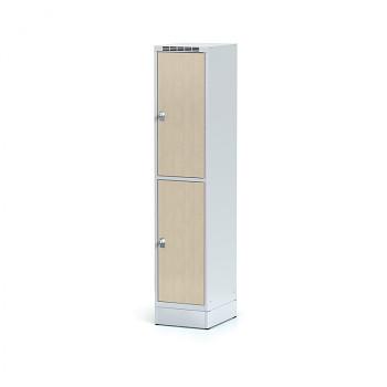 Šatní skříň boxová, sokl, svařovaná,  2x bříza dv./korp. šedá, zámek cylindrický, I
