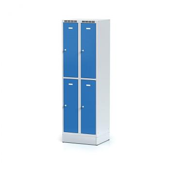 Šatní skříň boxová, sokl, svařovaná,  4x modrá dv./korp. šedá, zámek cylindrický, I