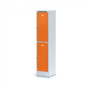Šatní skříň boxová, sokl, svařovaná,  2x oranžová dv./korp. šedá, zámek cylindrický, I