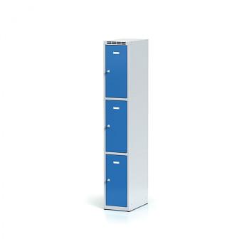 Šatní skříň boxová, bez podnože, svařovaná,  3x modrá dv./korp. šedá, zámek otočný